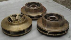 Impulsores de bronce, cerrados y abiertos para sólidos,